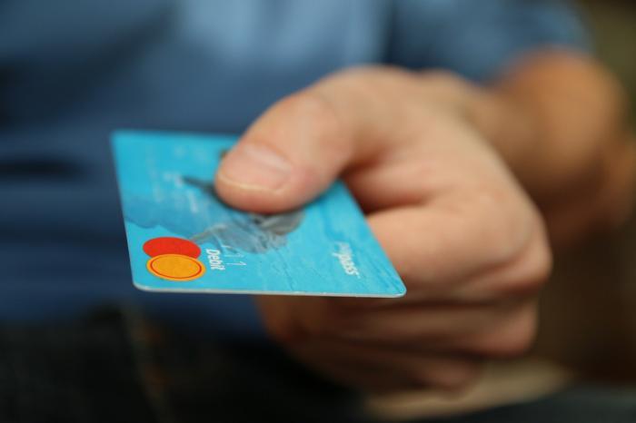 仮想通貨をクレジットカードで購入する方法 おすすめの取引所・サービスを紹介